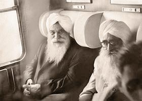 Sant Kirpal Singh, in the train from Nürnberg to Stuttgart, 1 September, 1972