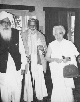 Sant Kirpal Singh with Raja Mahendra Pratap Ji, a long-time associate of Mahatma Gandhi, and Mme. Vijaya Laksmi Pandit, sister of the late Prime Minister Nehru, and former President of the United Nations, General Assembly, 31 March, 1973, Manav Kendra