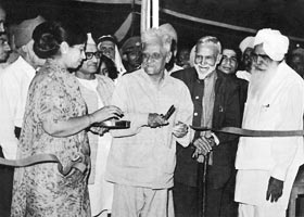 The Governor cuts the ribbon of the Father's Home of Manav Kendra, 14 April, 1973