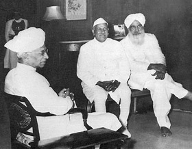 Sant Kirpal Singh with Dr. Radhakrishna, the second President of India, 20 February, 1964